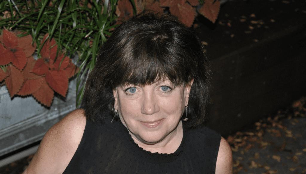 Kathy Flanigan Headshot